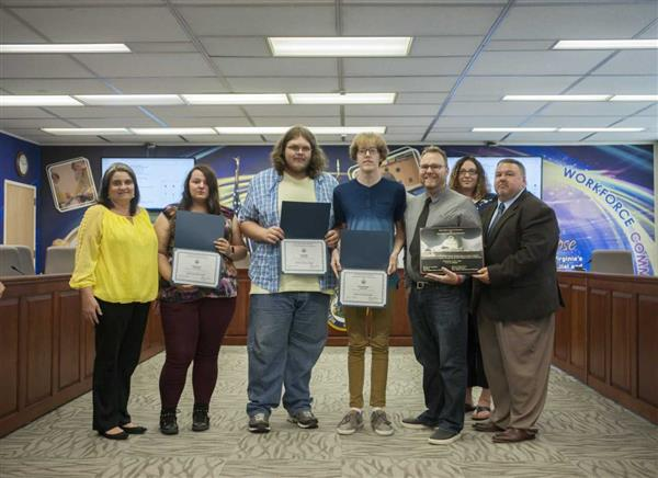 Graphic Arts Honored by WVDE